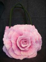 """Мастер-класс по валянию сумки в миксовой технике.  Часть 5 - Сумка  """"Чайная роза """".МК."""