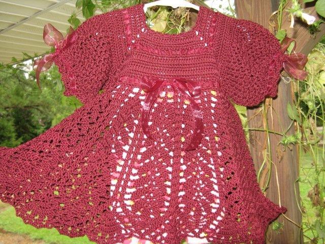 Вязание платья с шапочкой крючком - YouTube. Вязание для детей Вязание крючком, схемы вязания. скачать foo fighter