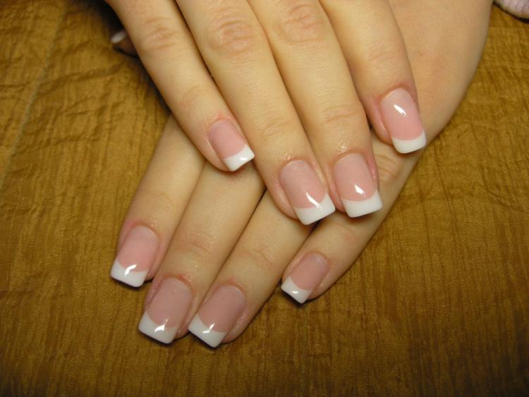 Смотреть коротких ногтей френч белый